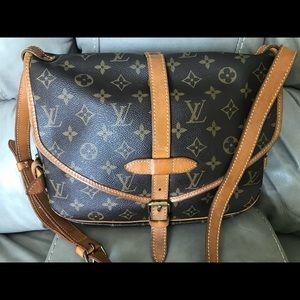 95c0717dc51a Louis Vuitton Bags - 🌼Louis Vuitton 🌻
